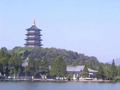 南京、扬州、无锡、苏州、杭州、上海+乌镇+周庄双飞六日游